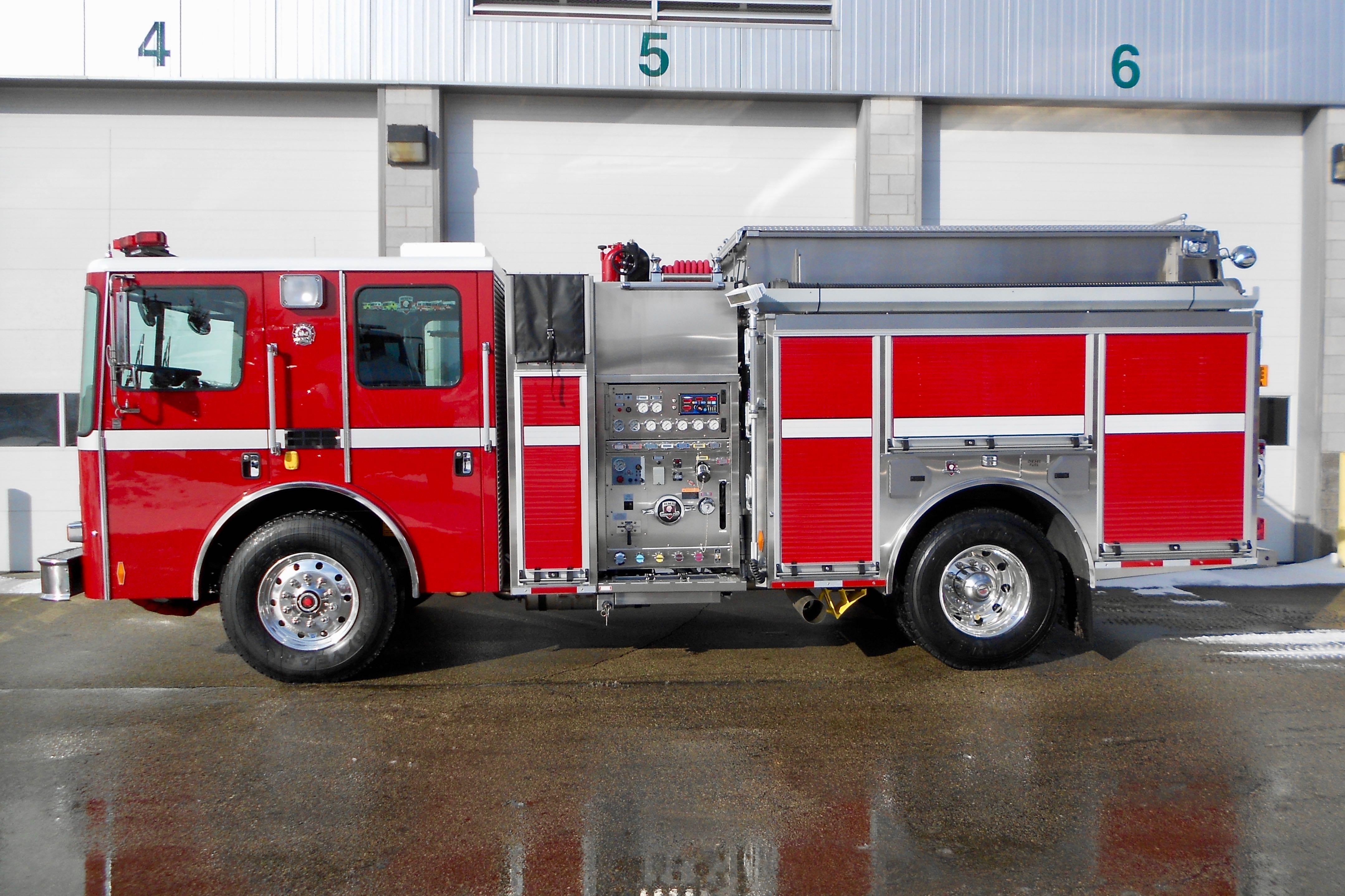 San Diego County Fire Authority, CA   HME Ahrens-Fox